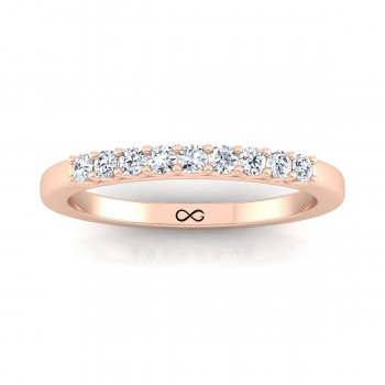 PETITE V SHARED STAR THIRD BAND (0.25ct)