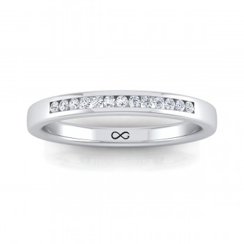 STARS IN CHANNEL SET THIRD BAND (0.11ct)